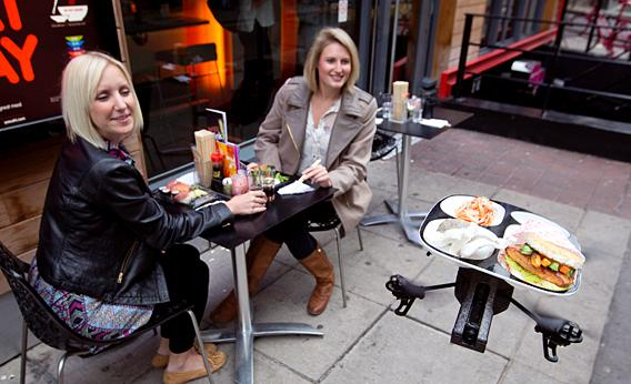 food delivery to table by drone